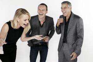 Michael-Fassbender-having-a-laugh-with-Charlize-Theron-and-George-Clooney-michael-fassbender-31111175-960-640