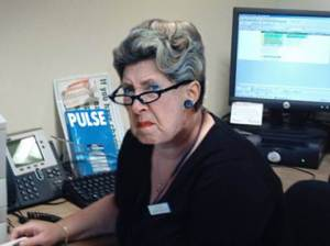 angry-receptionist